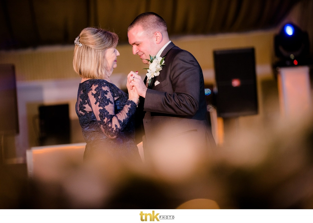 bridgeview yacht club wedding photos Bridgeview Yacht Club Wedding Photos | Christina and Vin bridgeview yacht club wedding Christina and Vin 83