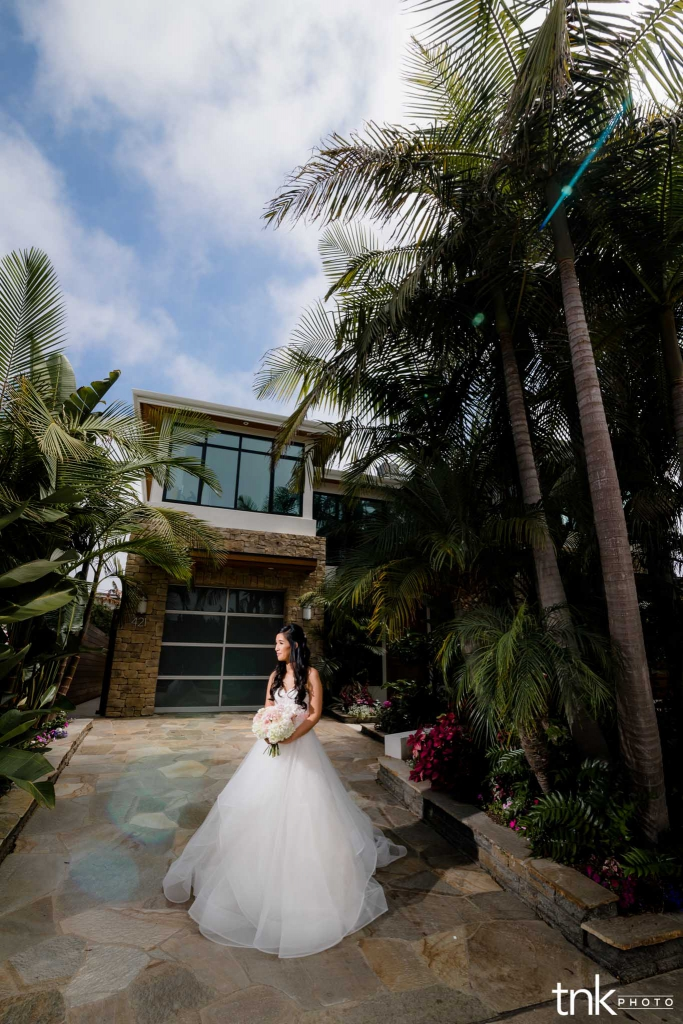 Scripps-Seaside-Forum-Wedding-Photos
